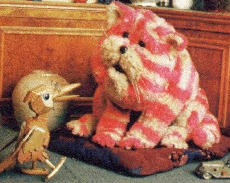 Bagpuss, pictured here with Professor Yaffle